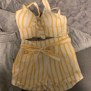 Cute two piece worn once!